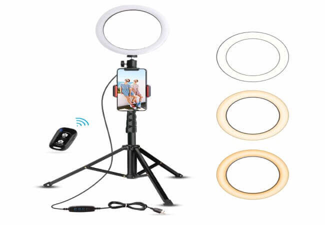 8-Selfie-Ring-Light-with-iPhone-Xs-Max-XR-Android